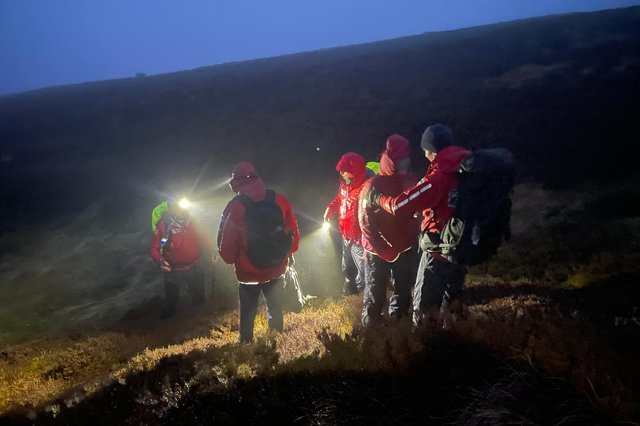 Two walkers who got lost in foggy conditions on The Cheviot were found safe by mountain rescue teams.
