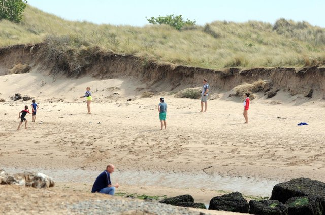 Weather forecasters warn of risk of 'hot conditions' for Nortumberland as UK heatwave looks set to last into July