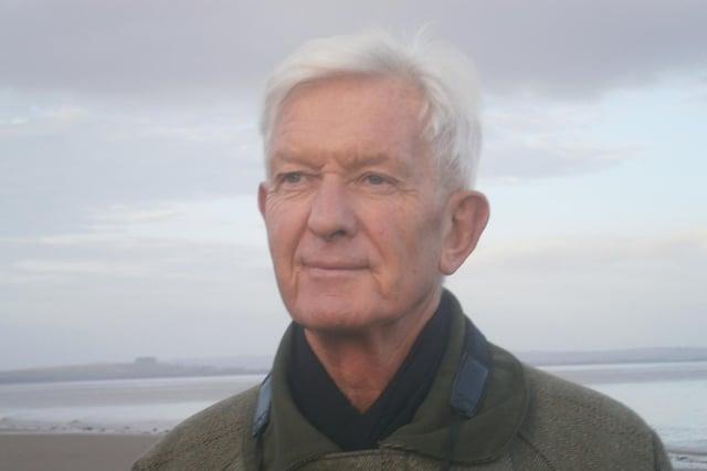 David E. Coopper.