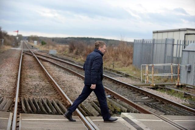 Transport Secretary Grant Shapps visits Blyth at the Newsham South rail crossing.